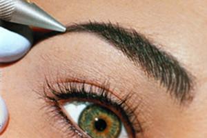 Волосковый метод татуажа бровей