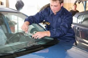 Ремонт автостекла — альтернатива замены